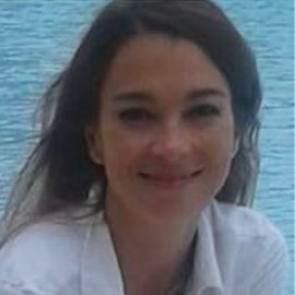 Dra. Lucrecia Koll